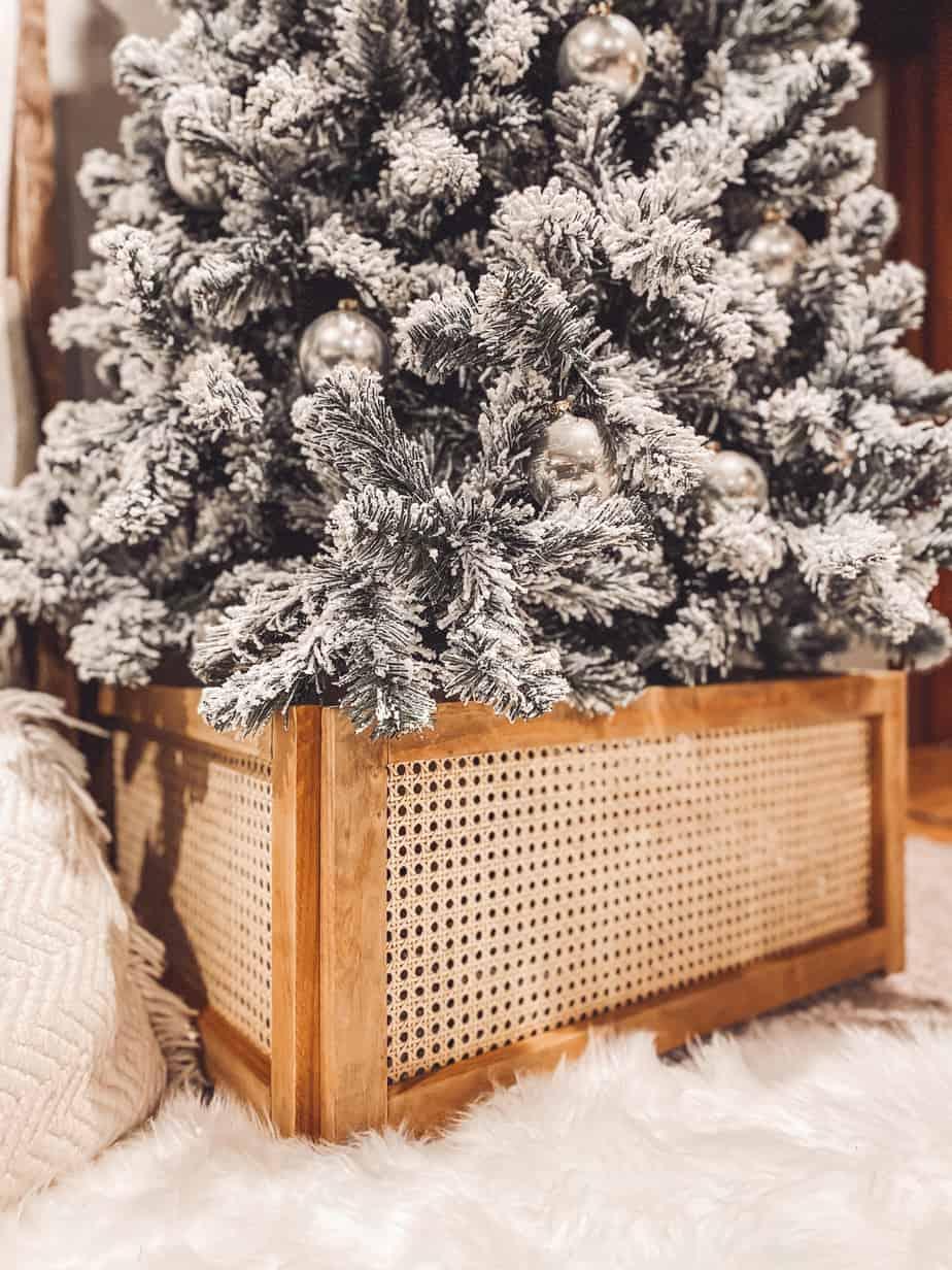 Modern Christmas Tree Collar Build It Thrifty